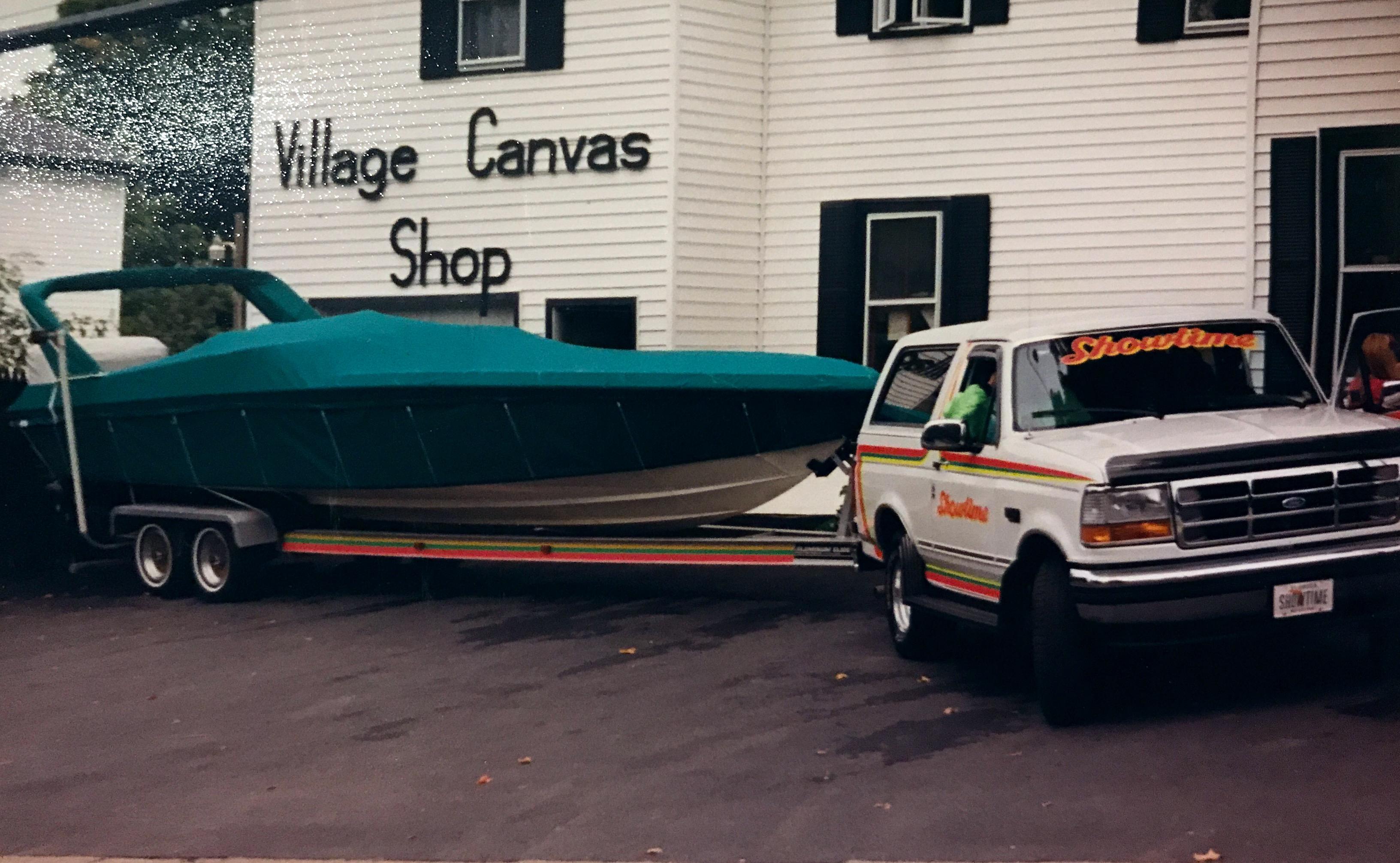 About « Village Canvas Shop